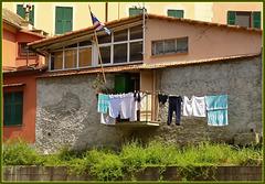 Genova : un club Sampdoria sul rio Nervi - (924)
