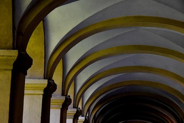 Bögen an Säulen