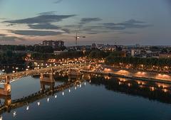 TOULOUSE (France), la Garonne et Saint Pierre.