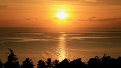 T0A6679 Teahupoo sunset PIP
