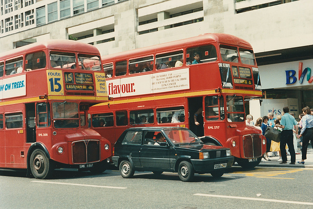London RML2686 (SMK 686F) and RML2717 (SMK 717F) - 20 Jun 1987