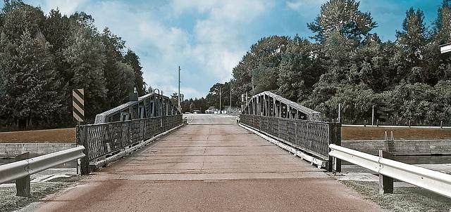 Murray Canal/Brighton Swing Bridge.