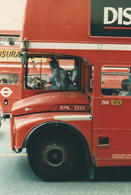 London RML2305 (CUV 305C) - 20 Jun 1987