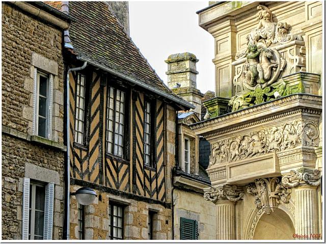Styles mixture in Normandy (Alençon)