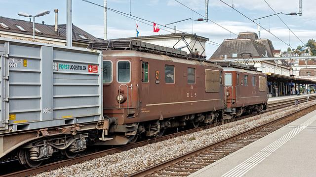 201008 Montreux Re4 4 BLS betteraves 1