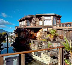 Houseboat Lifestyle