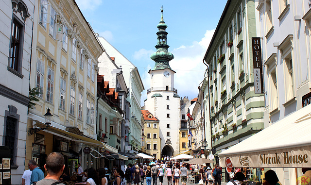 2016-07-26 12 UK, Bratislavo