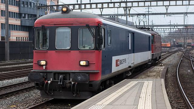 201130 Olten St Jail-Train