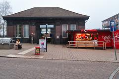 bahnstation-1220039-co-03-11-15