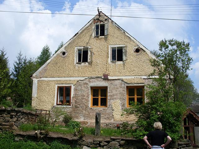 In Knönitz das Bauernhaus der Brauns