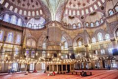 Espacio, luz y arquitectura (Mezquita Azul) Ver sobre fondo negro.