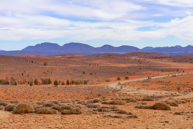 P1270347- Stokes Hill Lookout - Flinders Ranges.  08 mars 2020