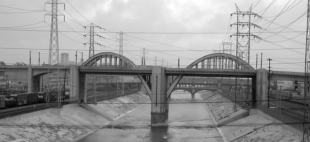 Sixth Street Bridge (6424)