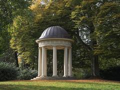 im Schlosspark Eutin (Kuppel im PiP)