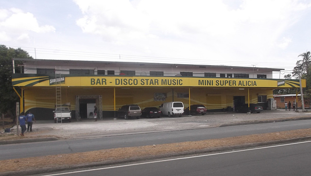 Bar-Disco Star Music & Mini Super Alicia
