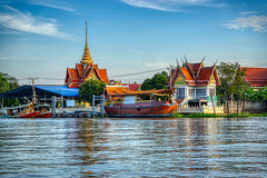 Wat Tha It by the Chao Phraya river opposite Koh Kret near Bangkok, Thailand