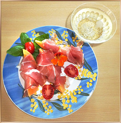 A small, light summer dish...  ©UdoSm
