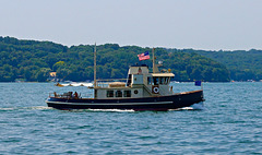 Lake Geneva boat tours