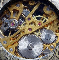 Mechanisches Uhrwerk (2 PiPs)