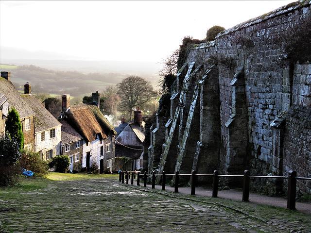 shaftesbury, gold hill and c13 abbey precinct wall