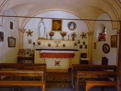 Interno della piccola chiesa di Rochemolles - (671)