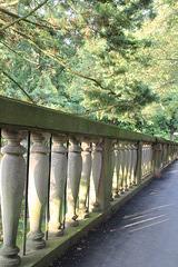 Geländer vor dem Hortus Palatinus