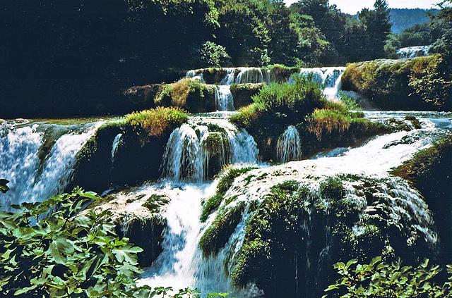 WATERFALLS - SPC 5/2017 - 4° place Croatia August 1988 - Krka Park- Krka Falls