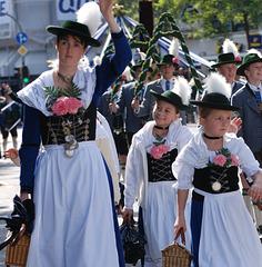 Trachtenumzug zum Oktoberfest/ München