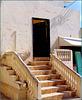 Oman :  Ṣalāla - una casa rialzata con una bella scala di accesso