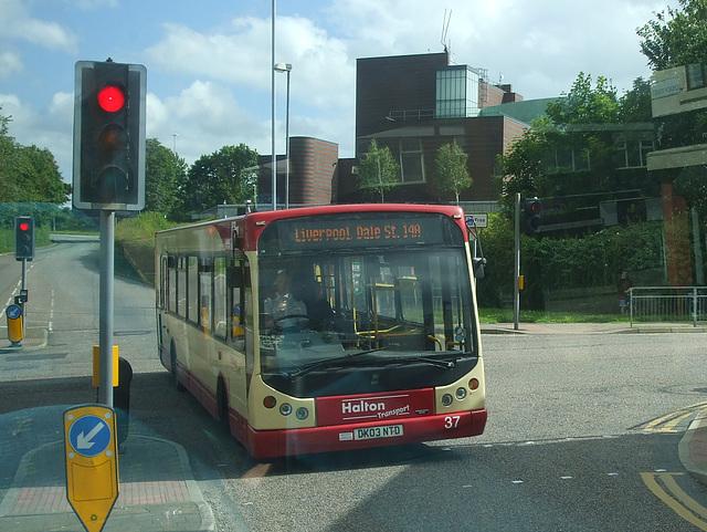 DSCF7715 Halton Borough Transport 37 (DK03 NTD) in Runcorn - 15 jun 2017