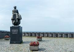 Fishermens Memorial Urk