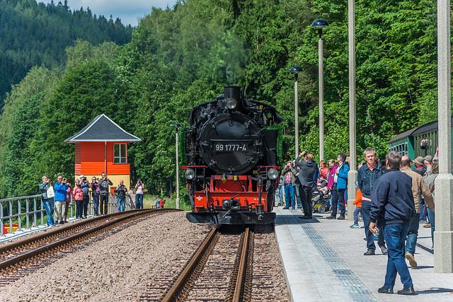99 1777-4 beim Umsetzen in Kipsdorf