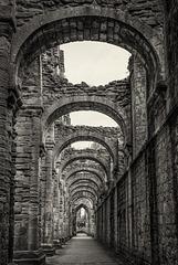 Fountains Abbey (4xPiP)