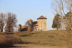 Villemoirieu (38) 6 janvier 2017. La maison forte de Montiracle.