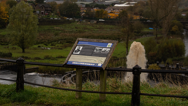 Bottoms Reservoir Noticeboard and Fountain
