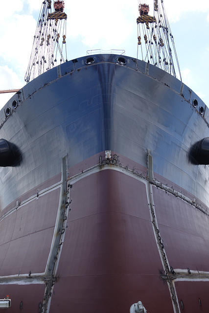 Bow being lowered into position