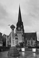 Burgh Centenary Cross, Colquhoun Square, Helensburgh