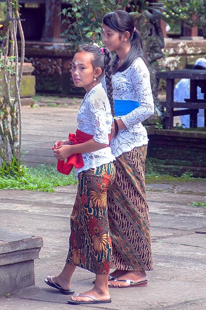 Young girl worshippers inside Pura Batukaru