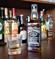 """""""EVERY DAY WE MAKE IT, WE'LL  MAKE IT THE BEST WE CAN"""" - Jack Daniel"""
