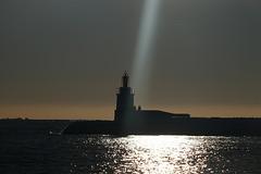 raggio di luce sul  faro