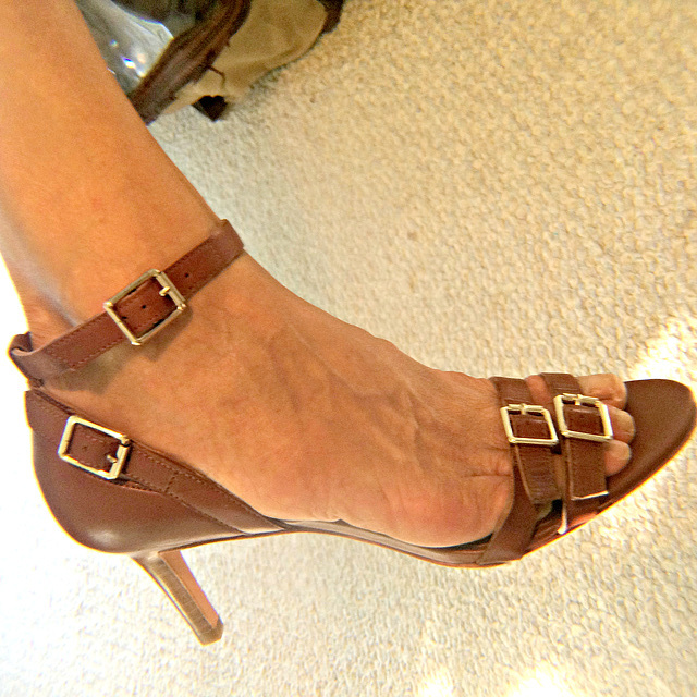 brown Ann Taylor heels
