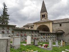 Chiesa di Santa Maria Assunta/ Friedhof