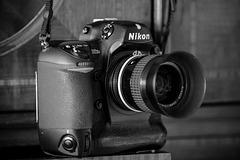 Nikon D2Xs (B&W)