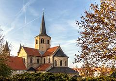 #20 - St. Godehard im Herbst