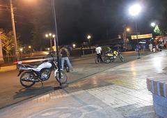 Suzuki a la noche