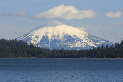 Mt. McLoughlin (9495 ft/2894 m)