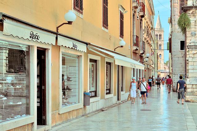 Zadar - Blick vom Volksplatz zur Kathedrale der Hl. Anastasia