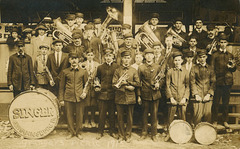The Singer Band of Mechanicsburg at the Grangers' Picnic, Williams Grove, Pa., 1915
