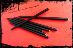 (Stifte - Bleistifte ~ 1/50) die Spitze Feder