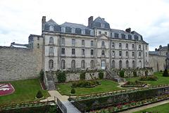 VANNES jardins et château